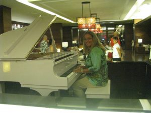 Georgette-DR-Dream-Piano
